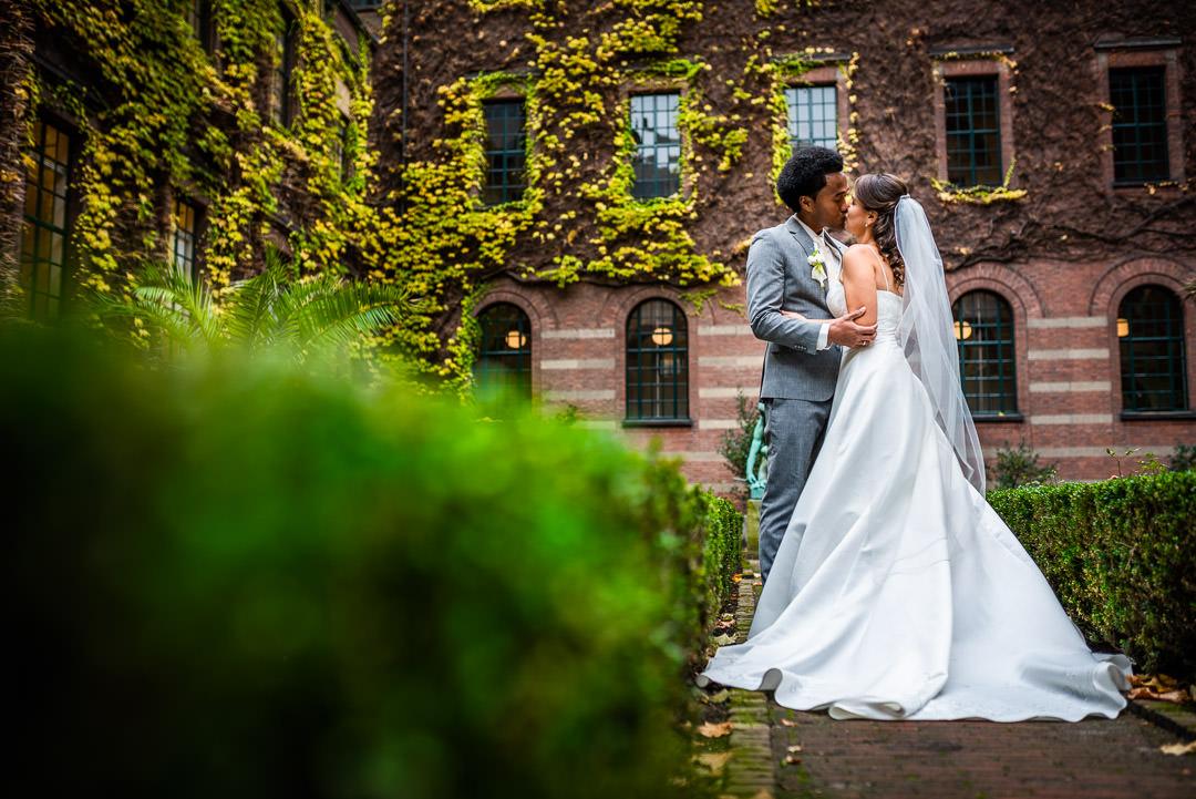Bruiloft op Stadhuis Rotterdam - Bruidsfotograaf Zuid-Holland